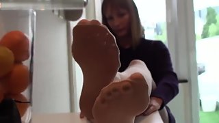 Cute Teen Show Her Hot Small Nylon Feet