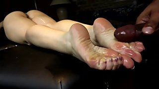 Creepy Masseur Rubs His Cock on Client's Feet Aria's Footjob