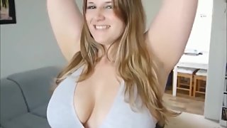 Chubby girl with big tits sucks and fucks on real homemade