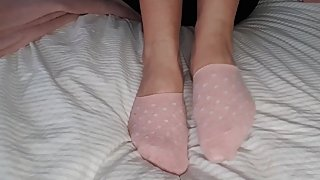 pink ankle socks pretty feet sexy soles - White nails sock and foot fetish